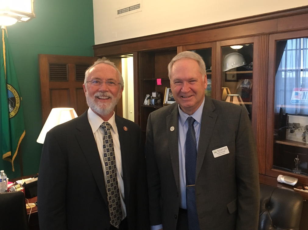 WSAC President Lincoln County Commissioner Hutsell with Congressman Dan Newhouse